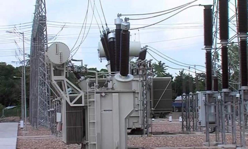 , FELIPE NYUSI INAUGURA UNA SUBESTACIÓN DE ENERGIA EN DONDO, MEJORA LA RED ELECTRICA MOZAMBICANA